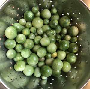 washed green tomatoes