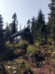 sunshine coast trail elk lake hut